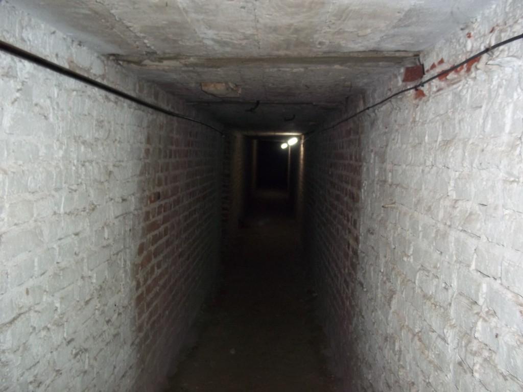 121 Tunel oeste